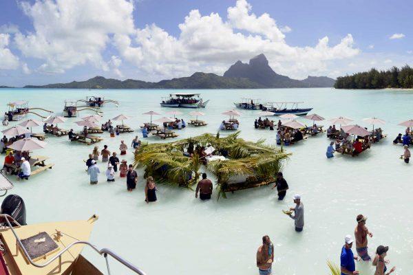 Exclusive Lagoon Picnic | Bora Bora